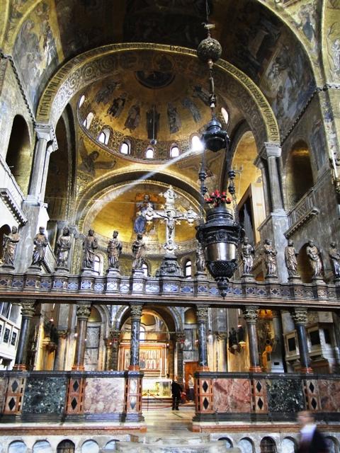Bazylika Świętego Marka - Przegroda Dalle Masegne ozdobiona rzeźbami (2011)