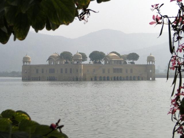 Indie Dżajpur pałac na wodzie