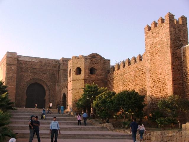 Brama i mury cytadeli Kasba al-Udaja w Rabacie (2005)