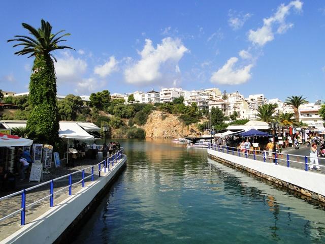 Słodkowodne jezioro Voulismeni w Agios Nikolaos (2011)