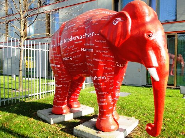 Słoń przed ambasadą Dolnej Saksonii (2011)