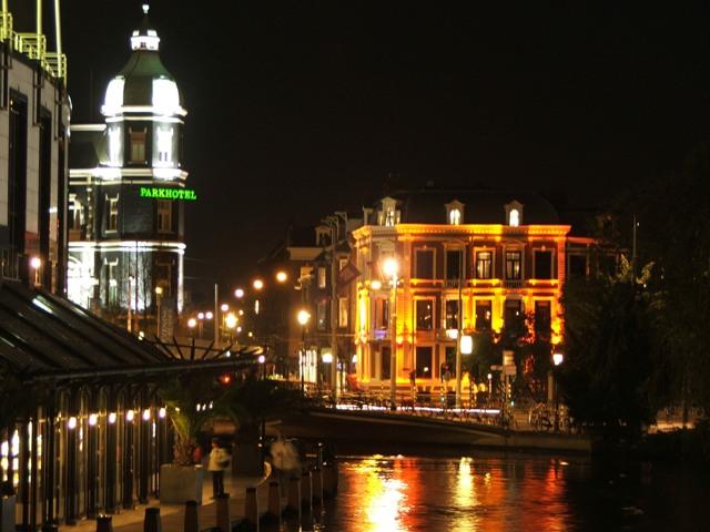 Amsterdam nocą (2008)