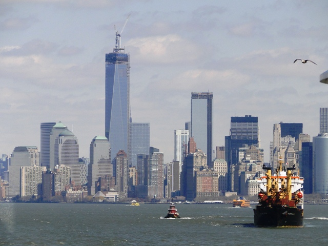 Dolny Manhattan widziany z promu na Staten Island (2013)