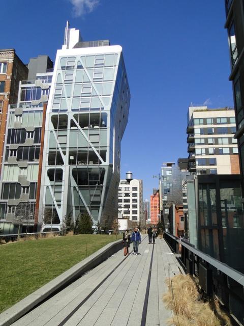 The High Line - park znajdujący się 9 m nad poziomem ulicy (2013)