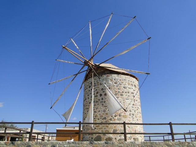 Młyn - dawny symbol wyspy w Antimachia (21-28.09.2013)
