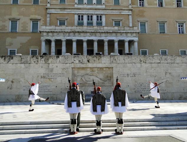 Zmiana warty przed Grobem Nieznanego Żołnierza (9-11.11.2013)