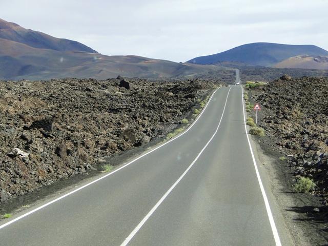 Lanzarote - Droga przez wulkaniczny Park Narodowy Timanfaya (6-13.01.2013)